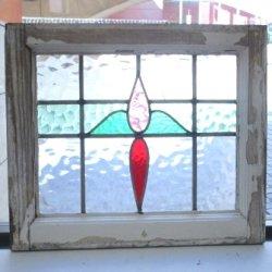 画像2: 薄ピンク色と赤色のガラスが特徴的 イギリスアンティークステンドグラス