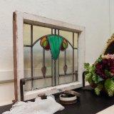 鮮やかなグリーンのマーブルが魅力♪アンティークのステンドグラス