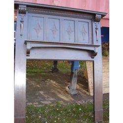 画像1: 暖炉の木枠